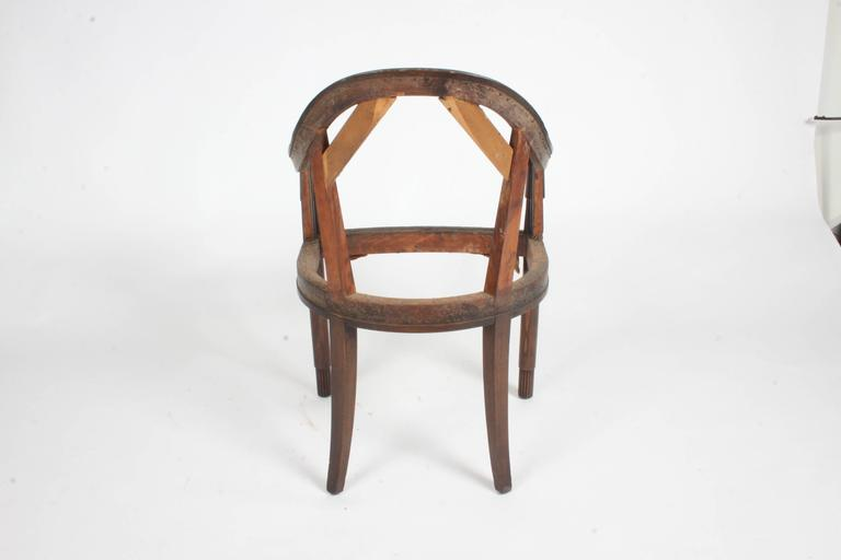 Early 20th Century Nice French Art Deco Armchair Frame For Sale