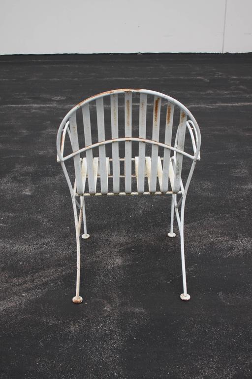 Pair Of Mid Century Modern Wrought Iron Woodard Patio Chairs At 1stdibs