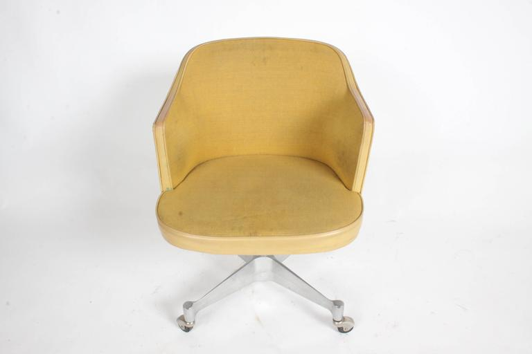 American George Nelson for Herman Miller Low Desk Chair For Sale