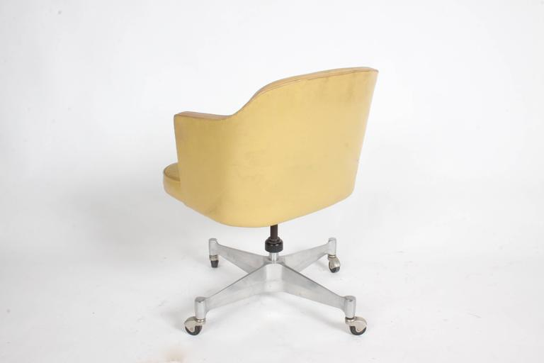George Nelson for Herman Miller Low Desk Chair For Sale 3