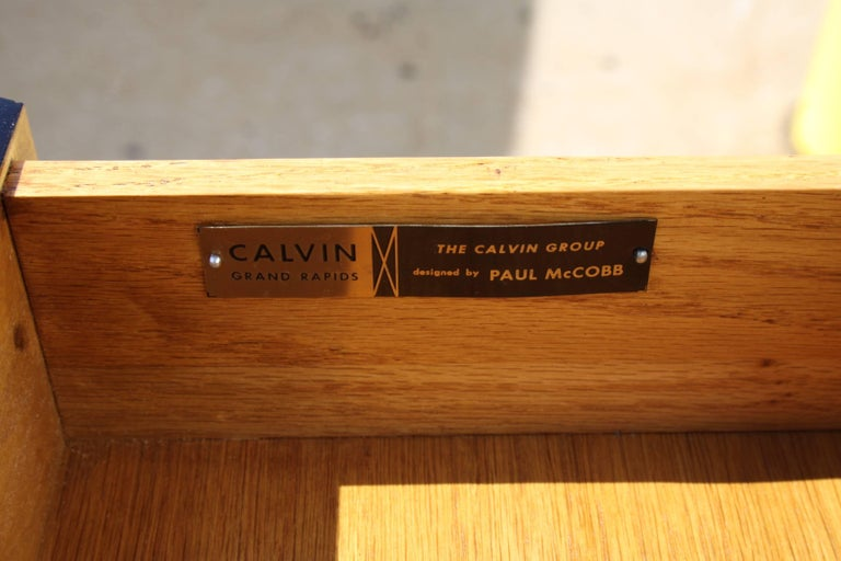 Paul McCobb for Calvin Brass X-Base Eight-Drawer Dresser In Excellent Condition For Sale In St. Louis, MO