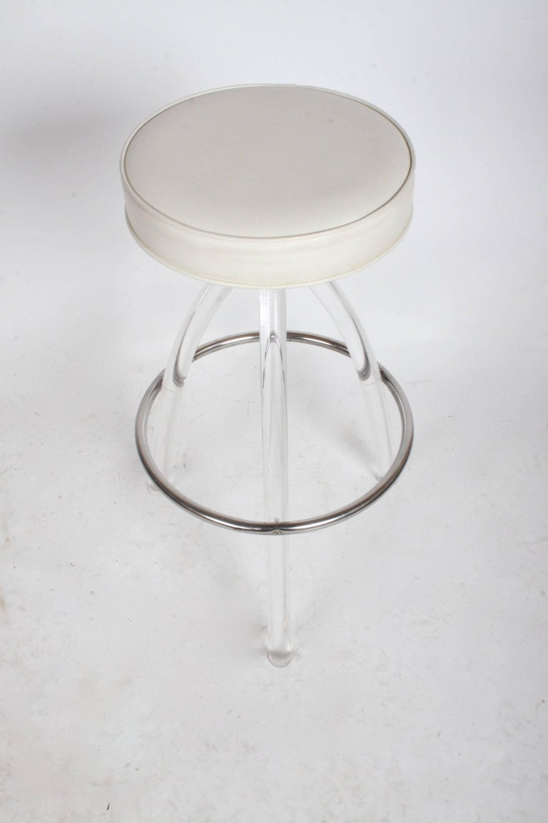 Set of Three 1970s Lucite Bar Stools In Good Condition For Sale In St. Louis, MO