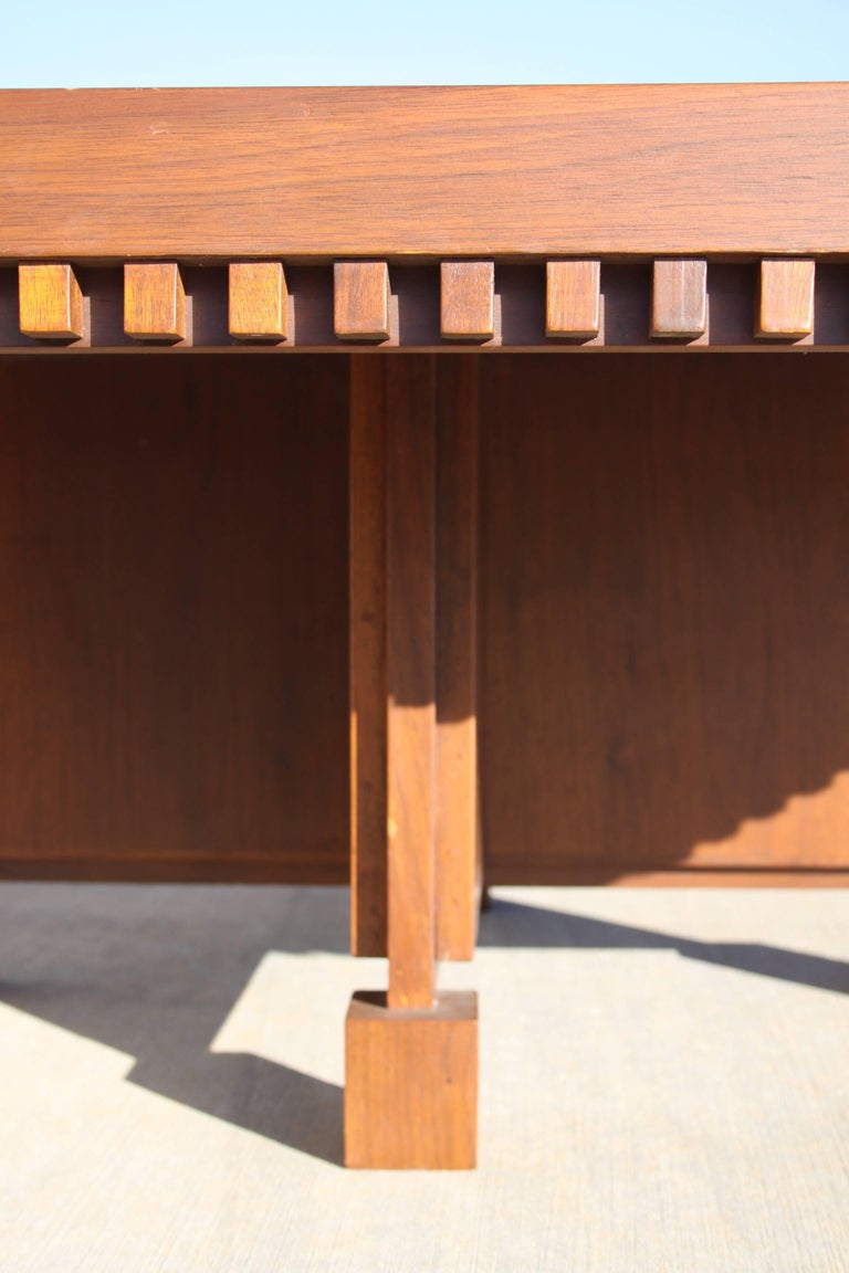 Mid-Century Modern Architect Fred M. Kemp Custom Coffee Table in the style of Frank Lloyd Wright For Sale