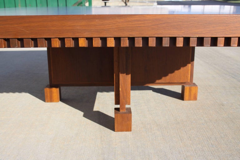 American Architect Fred M. Kemp Custom Coffee Table in the style of Frank Lloyd Wright For Sale