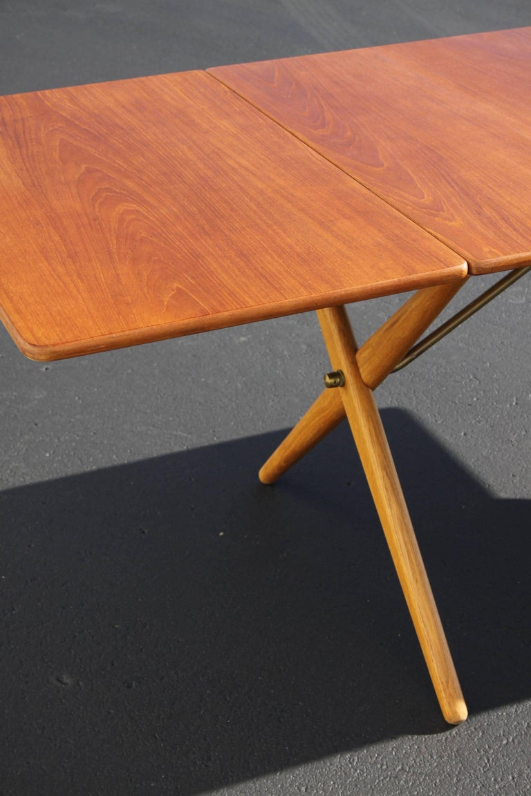 Hans J. Wegner Drop-Leaf Dining Table Model AT-309, Beautifully Restored For Sale 5