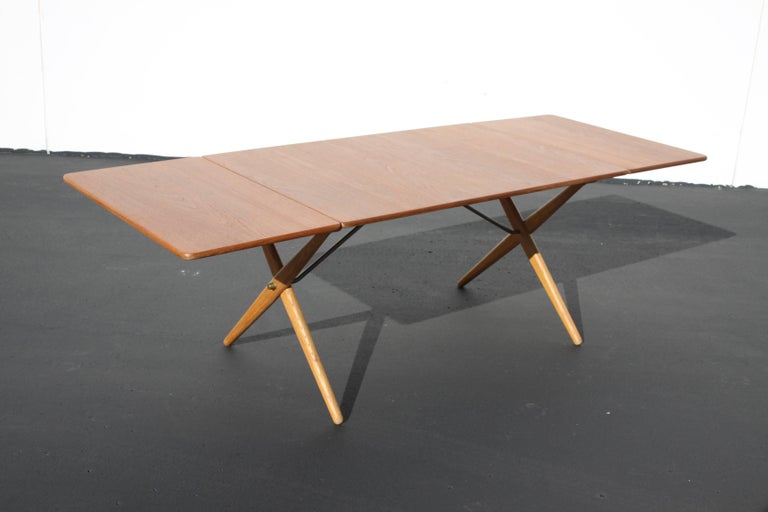 Hans J. Wegner Drop-Leaf Dining Table Model AT-309, Beautifully Restored For Sale 2