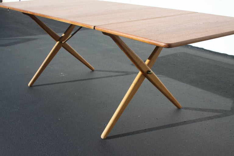 Hans J. Wegner Drop-Leaf Dining Table Model AT-309, Beautifully Restored For Sale 1