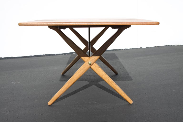 Hans J. Wegner Drop-Leaf Dining Table Model AT-309, Beautifully Restored For Sale 3
