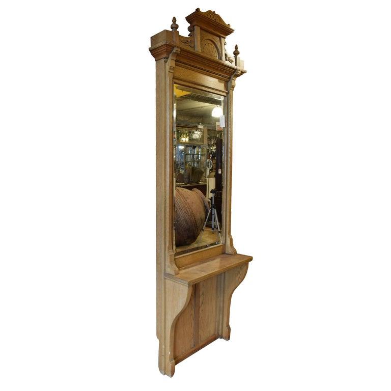 American Oak Pier Mirror In Good Condition For Sale In Chicago, IL