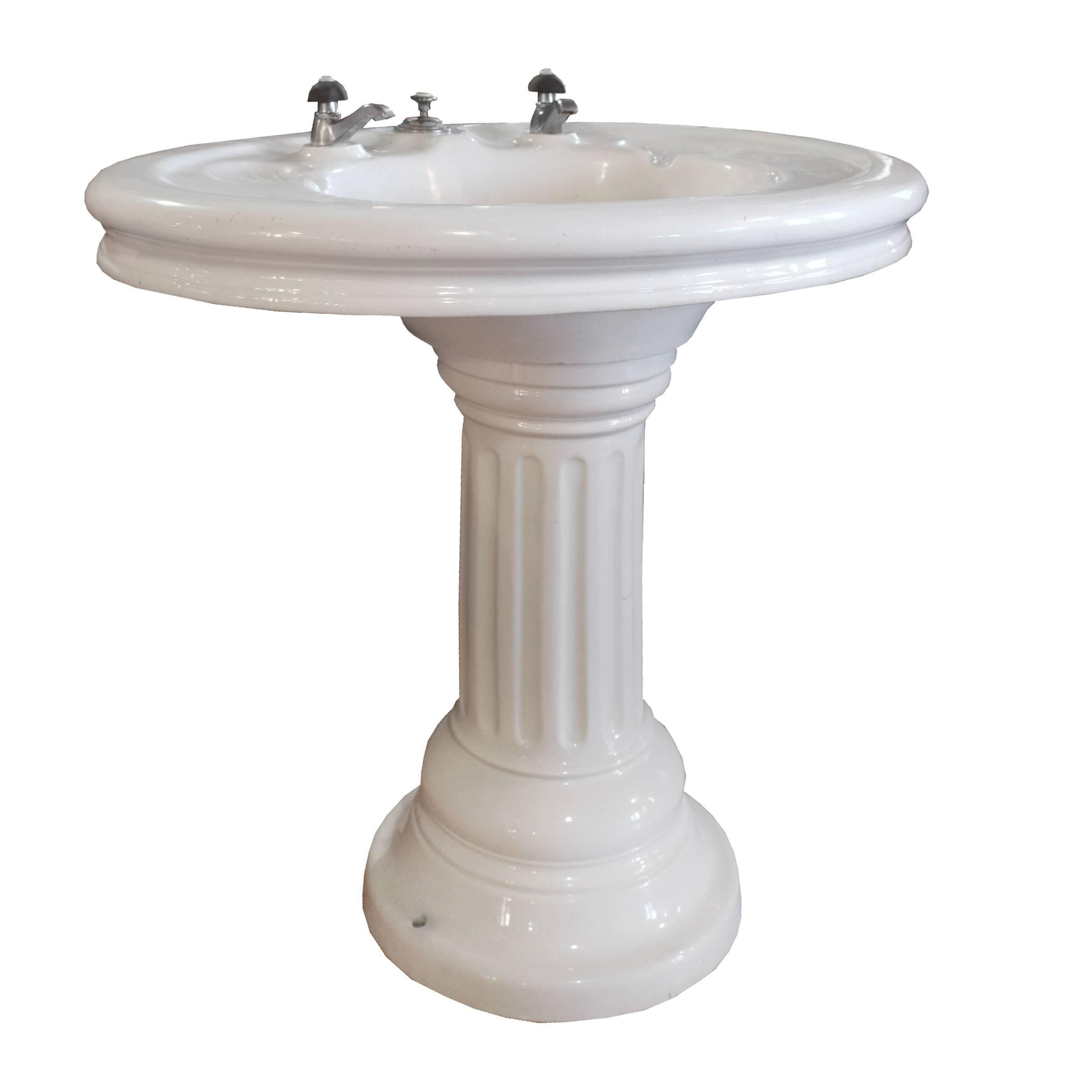 Great A Lovely French Porcelain Pedestal Sink With Two Shell Shaped Soap Holders,  Anconetti Of Paris