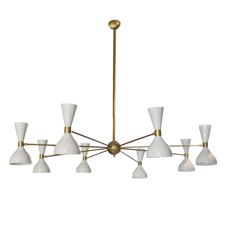 Italian Midcentury Eight-Arm Chandelier in the Style of Stilnovo