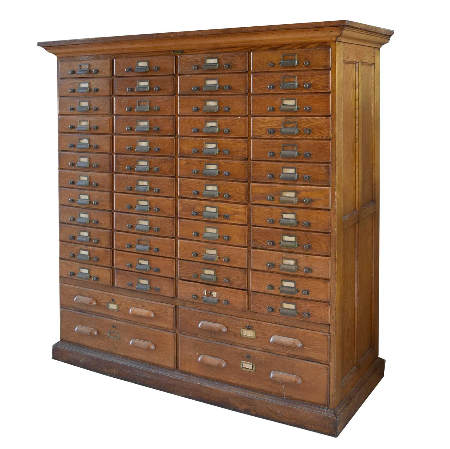Exceptionnel American Oak Multi Drawer Card Catalog At 1stdibs