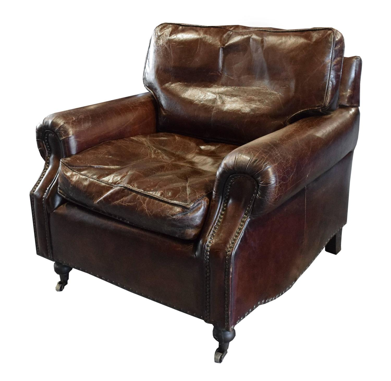 pair of italian leather club chairs at 1stdibs. Black Bedroom Furniture Sets. Home Design Ideas