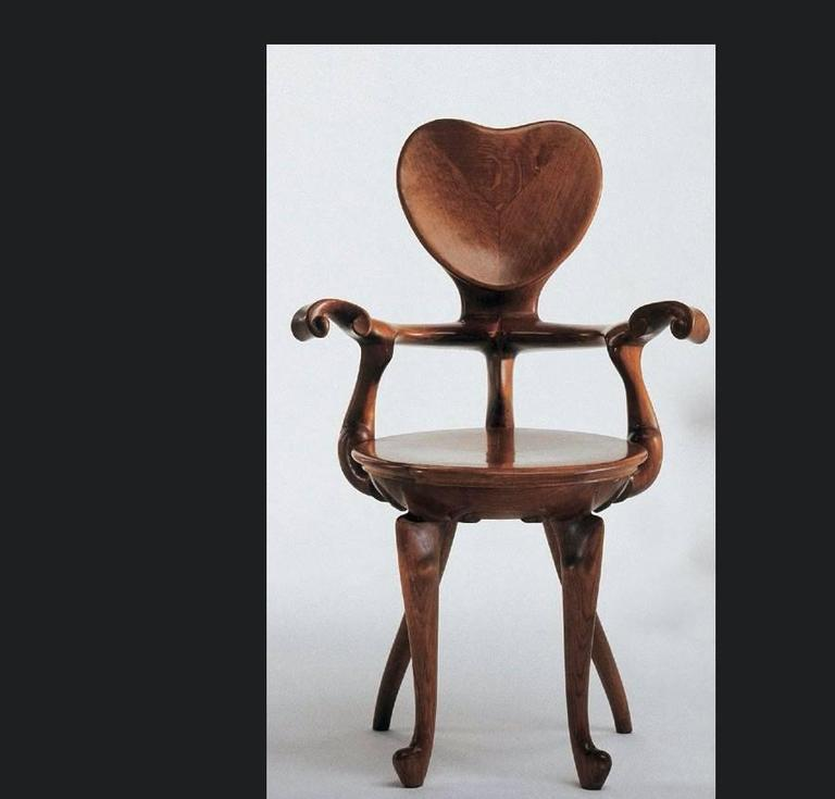 Oak Calvet Armchair by Antoni Gaudi For Sale