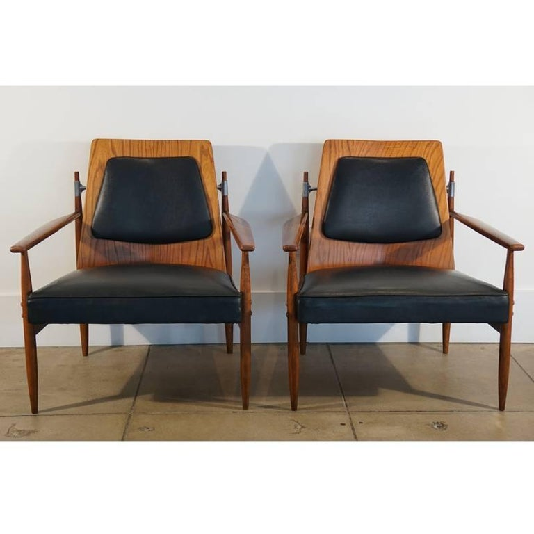 Rare Pair of Mid-Century Modern Red Elm Chairs 2