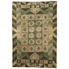 Green Vintage Deco Carpet
