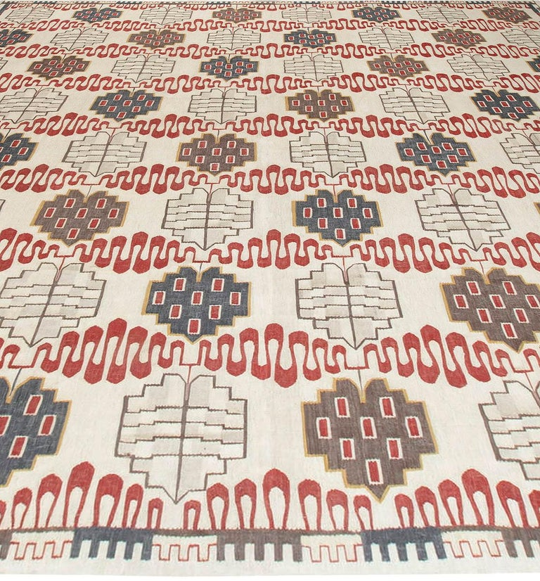Hazel Geometric Rug In New Condition For Sale In New York, NY