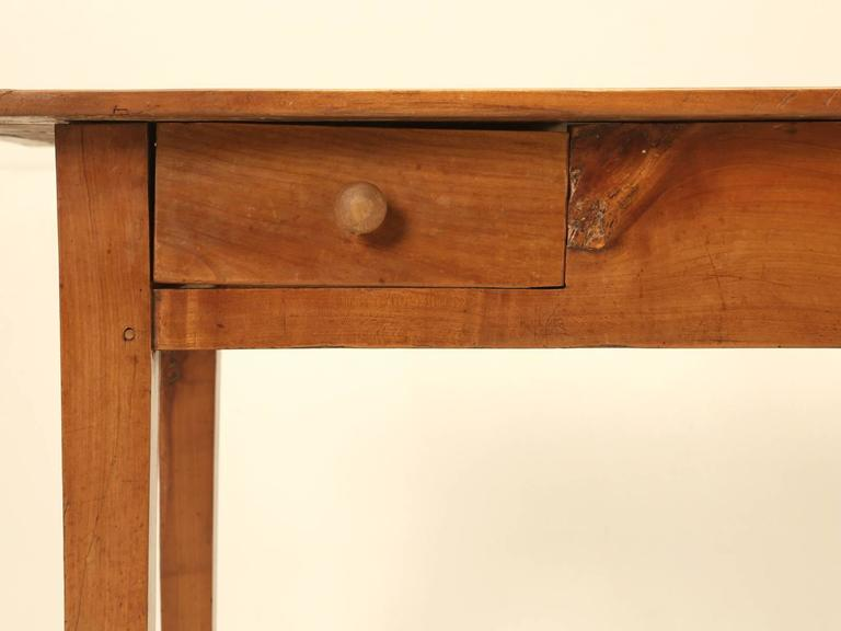 Antique Country French Farm Table or Kitchen Table in Cherry Wood For Sale 2
