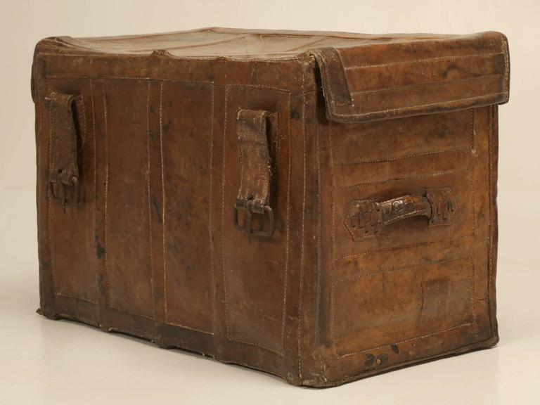 Antique Leather Trunk 10