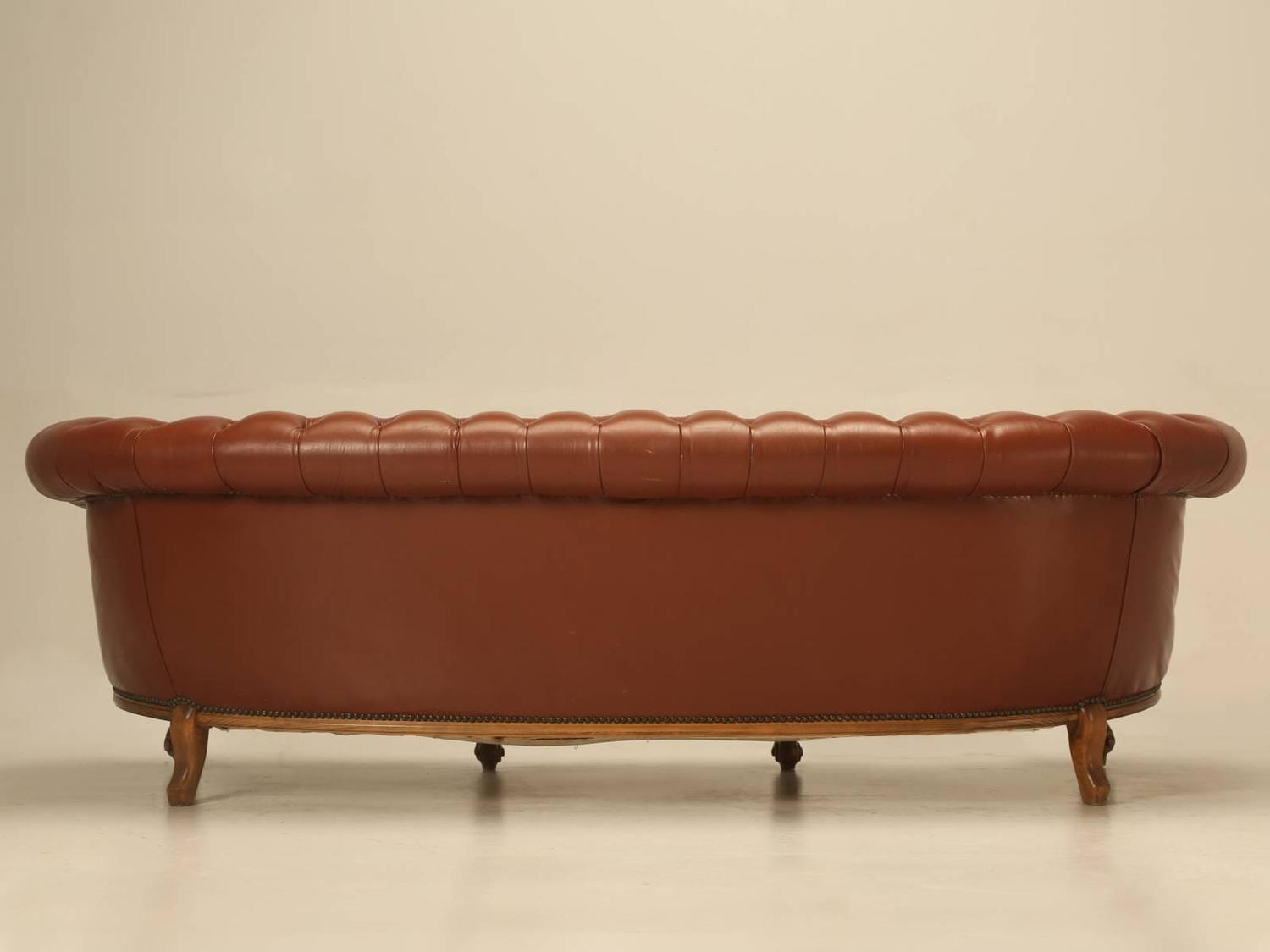 french leather tufted chesterfield style sofa for sale at 1stdibs. Black Bedroom Furniture Sets. Home Design Ideas