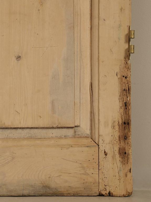 Antique Irish Scrubbed Pine Interior Door For Sale 1