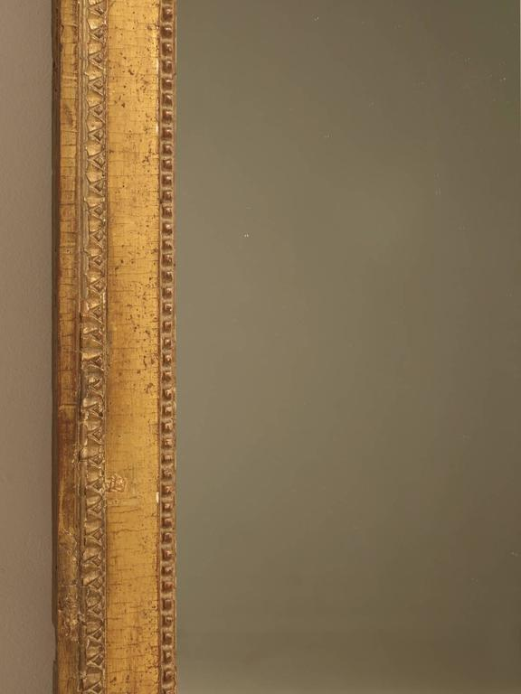French Louis XVI Gilded Mirror In Good Condition For Sale In Chicago, IL