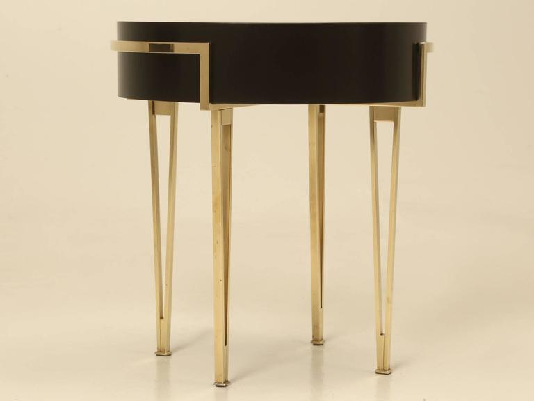 Pair of Ebonized Mid-Century Modern End or Side Tables For Sale 3