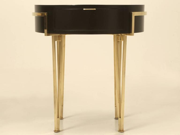 Pair of Ebonized Mid-Century Modern End or Side Tables For Sale 2