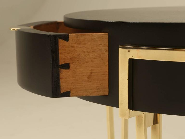 French Pair of Ebonized Mid-Century Modern End or Side Tables For Sale