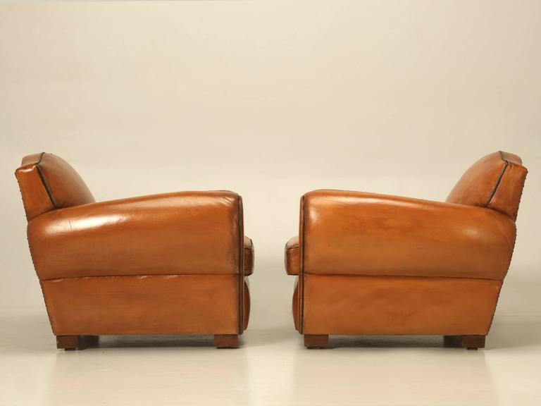 French Pair of Art Deco Leather Club Chairs from the 1930s For Sale 5