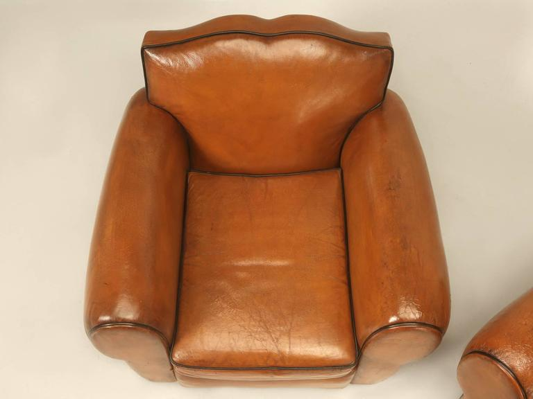 French Pair of Art Deco Leather Club Chairs from the 1930s In Good Condition For Sale In Chicago, IL