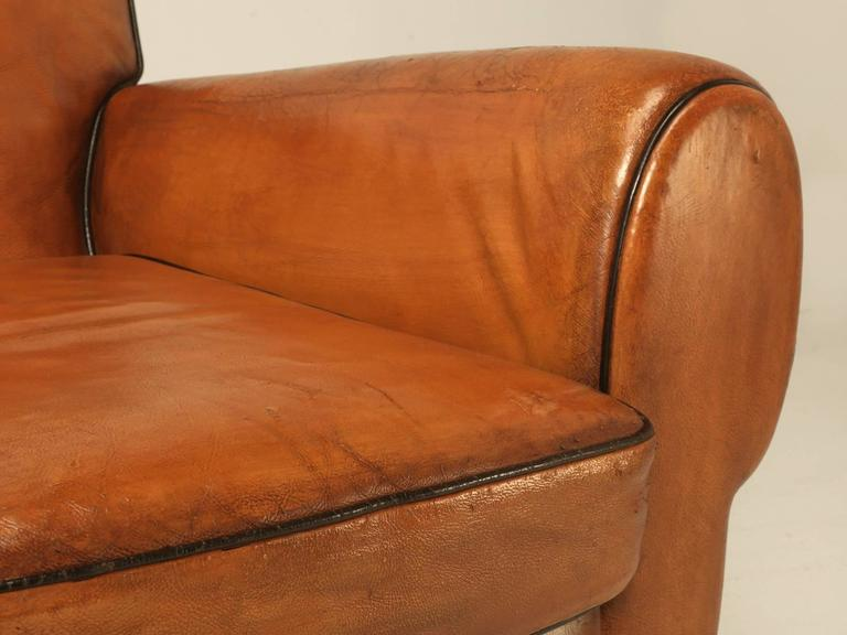 French Pair of Art Deco Leather Club Chairs from the 1930s For Sale 3