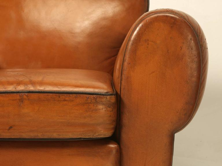French Pair of Art Deco Leather Club Chairs from the 1930s For Sale 4