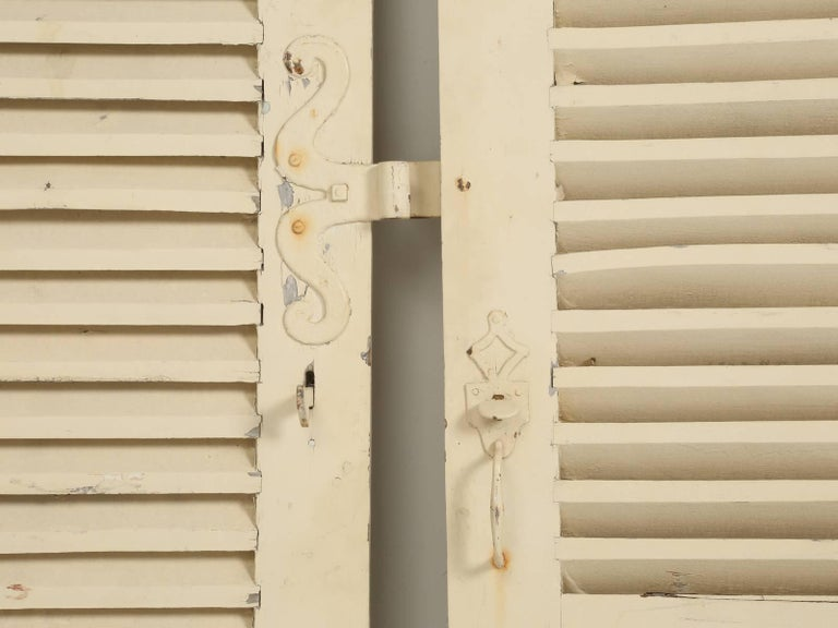 Collection of Eight Antique Painted French Shutters In Good Condition For Sale In Chicago, IL