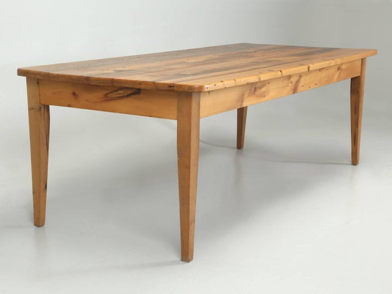 English Pine Farm Table from the Main Pine Company, England For Sale 1
