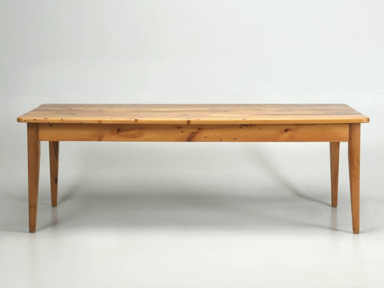 English Pine Farm Table from the Main Pine Company, England For Sale 2