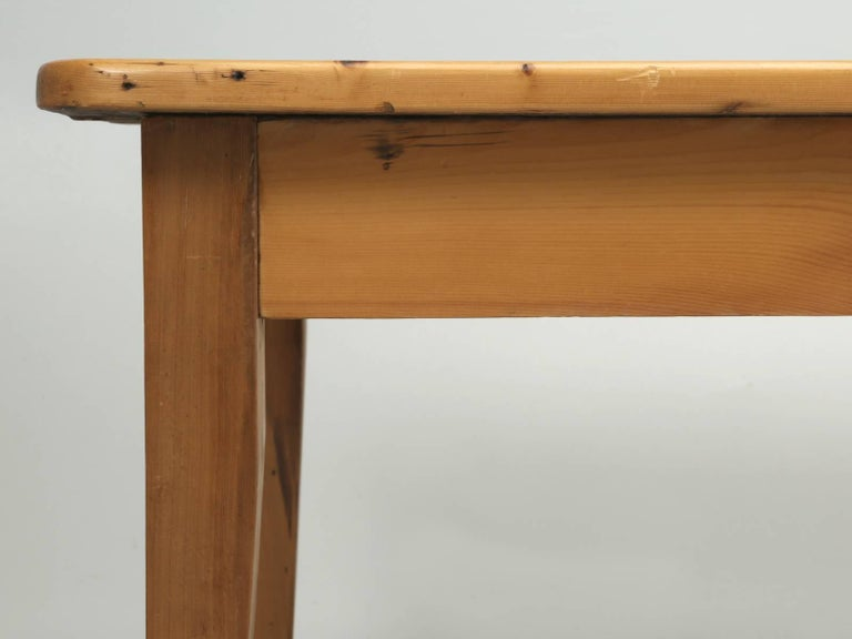 English Pine Farm Table from the Main Pine Company, England For Sale 3