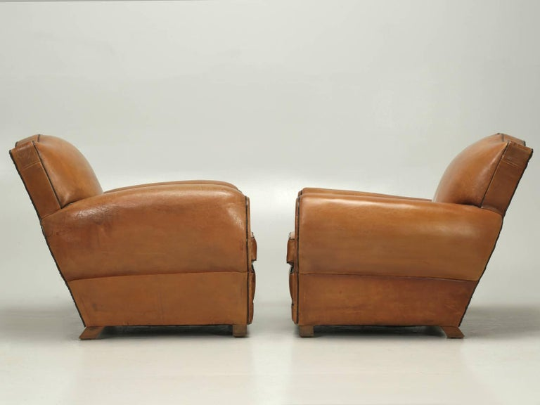 French Club Chairs in Their Original Leather, Fully Restored For Sale 4