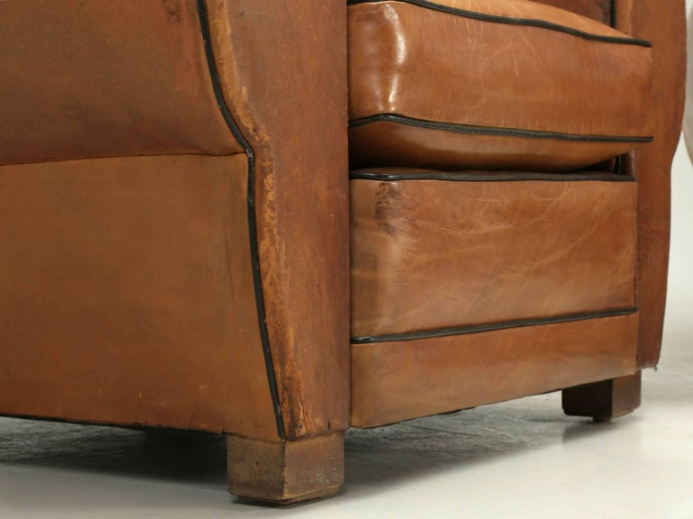 French Club Chairs in Their Original Leather, Fully Restored For Sale 3