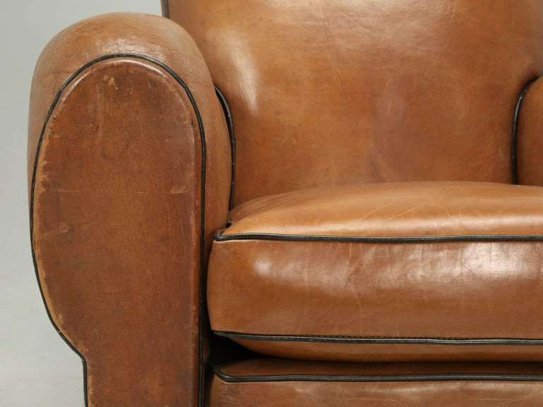 French Club Chairs in Their Original Leather, Fully Restored For Sale 2