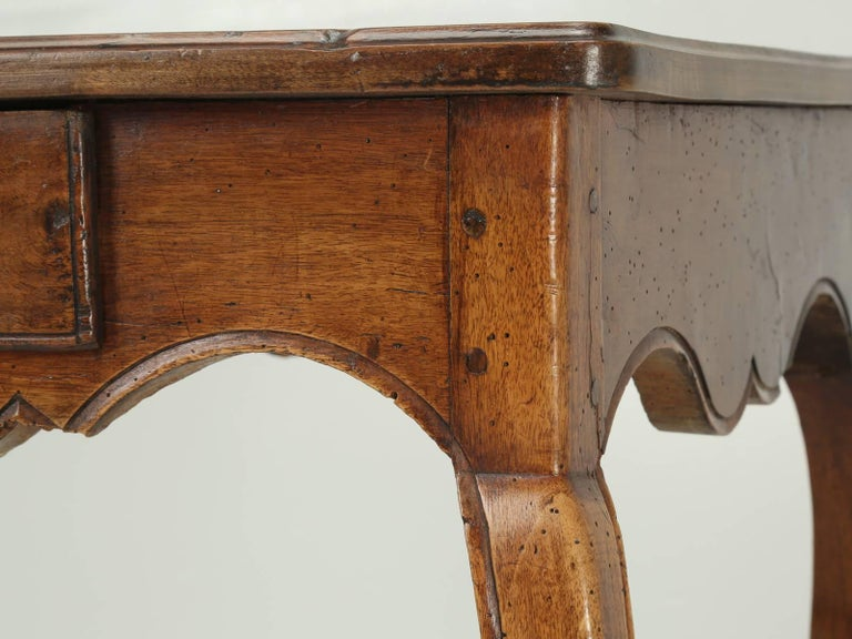 Antique French Louis XV Style Ladies Writing Table or Small Desk For Sale 3