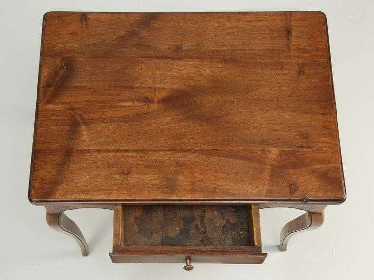 Mid-19th Century Antique French Louis XV Style Ladies Writing Table or Small Desk For Sale