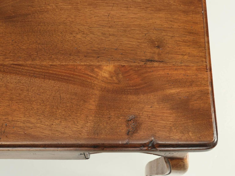 Antique French Louis XV Style Ladies Writing Table or Small Desk For Sale 1