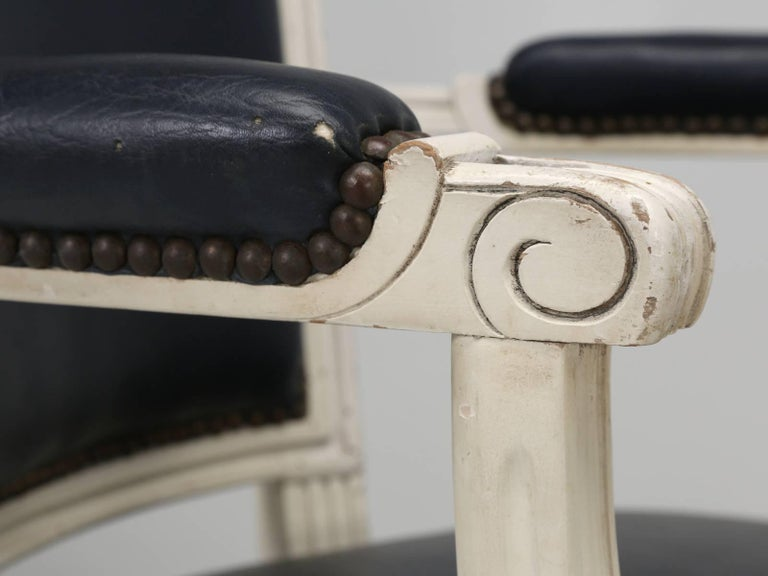 Set of Eight Louis XVI Style French Dining Chairs For Sale 12
