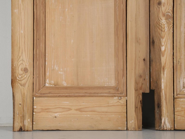 Pair of Antique French Pine Doors For Sale 11 - Pair Of Antique French Pine Doors For Sale At 1stdibs