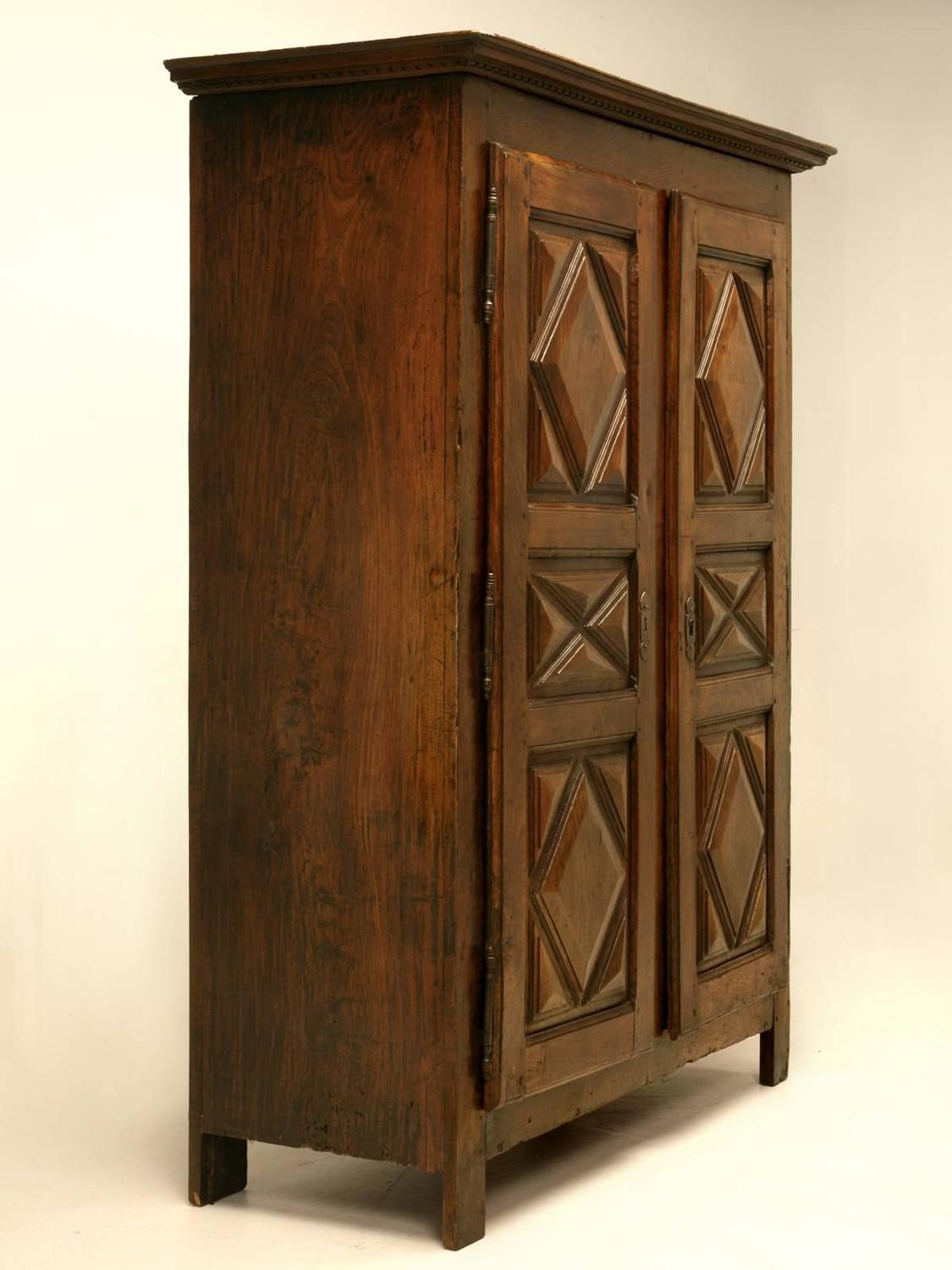 antique french louis xiii style armoire from the 1700 39 s. Black Bedroom Furniture Sets. Home Design Ideas
