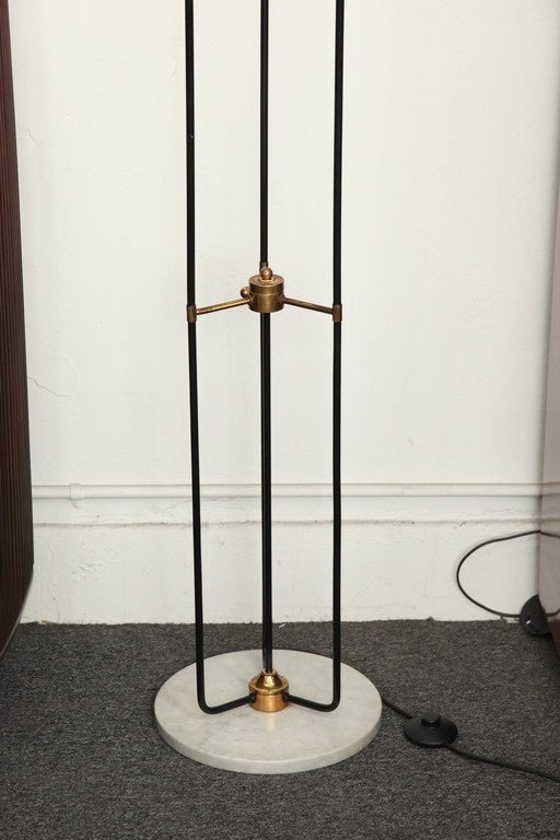 Floor lamp made in milan at 1stdibs for Milan floor lamp antique brass 165cm