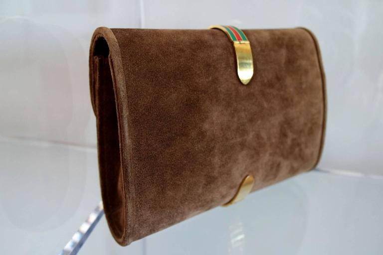 Vintage Brown Suede and Enamel Gucci Clutch 7
