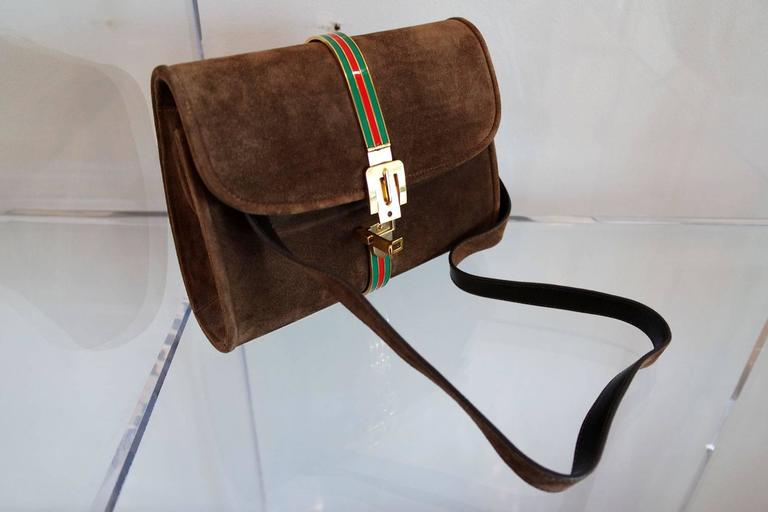 Vintage Brown Suede and Enamel Gucci Clutch 4