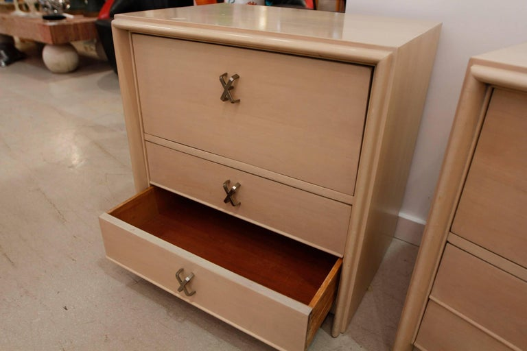 Pair of Paul Frankl Midcentury Modern Bedside Tables, 1950s 5
